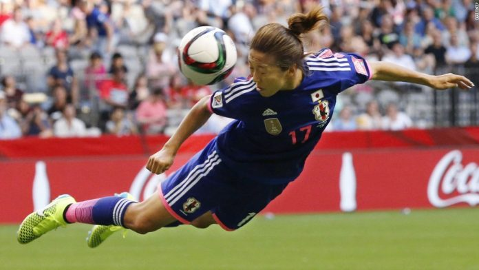 'Heading the ball' riskier for female players: study