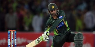 Shoaib Malik becomes the fourth batsman to score 8,000 T20 runs