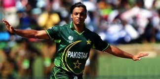 Shoaib Akhtar gives befitting reply to an Indian anchor