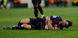 Messi fractures arm as Barcelona register victory