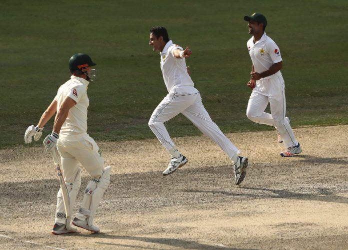 Pakistan sense victory after Abbas strikes