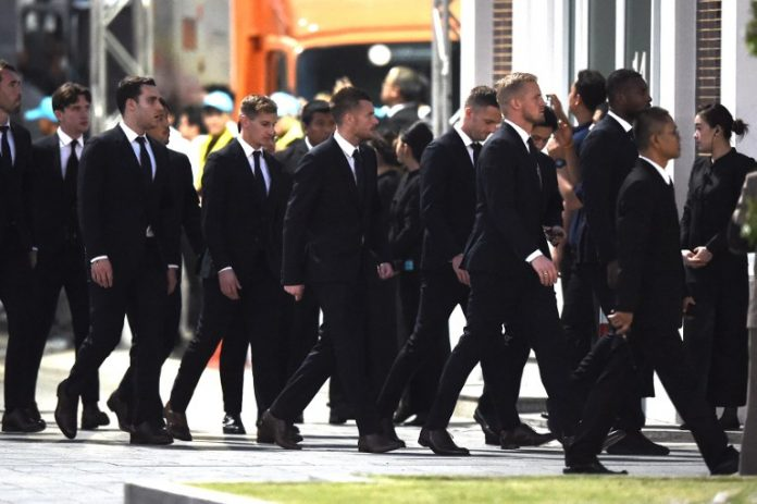Leicester City footballers in Bangkok to pay respects to Vichai