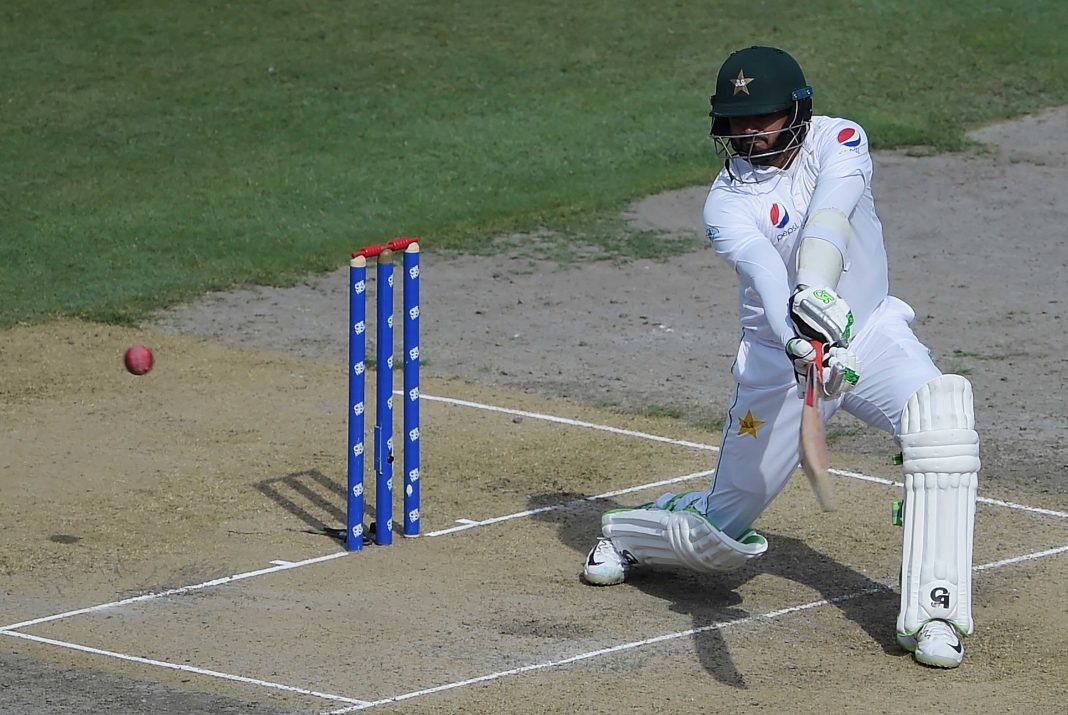 Azhar leads Pakistan's fightback in second Test