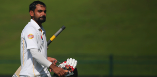 Hafeez survives in unchanged Pakistan squad for final Test