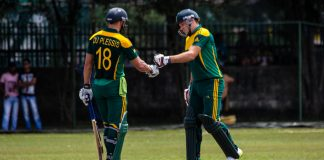 Miller, du Plessis plunder tons as South Africa score 320