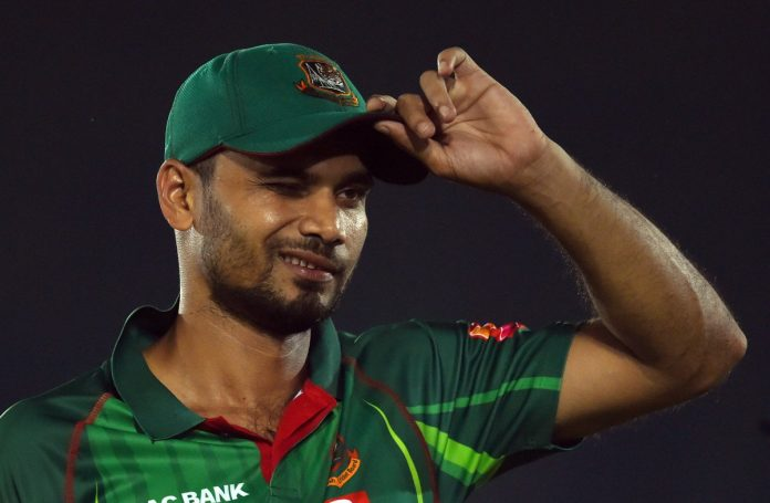 Star Bangladesh cricketer Mashrafe to stand in election