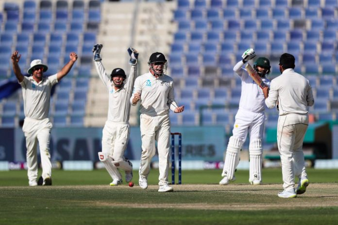 'Test is best' - former cricketers turn to Twitter after Pak-NZ contest