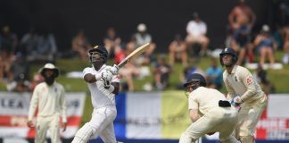 England sniff victory after Mathews wicket in second Test