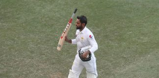 Hafeez likely to retire from Test cricket after Abu Dhabi match