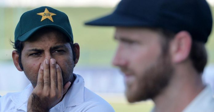 Top-order, tail-enders have to to take responsibility: Sarfraz Ahmed