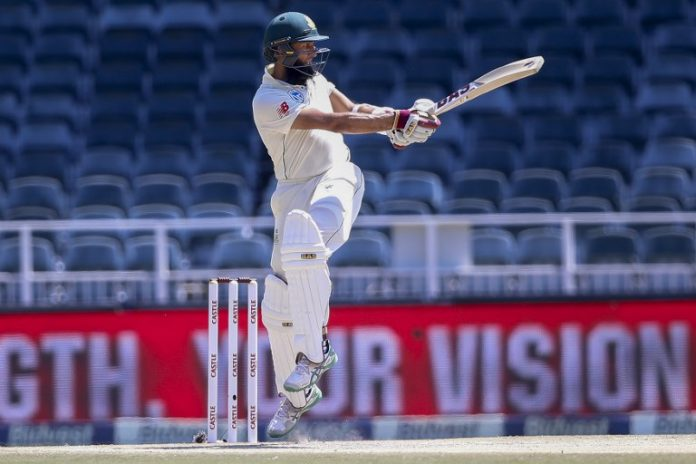 Hashim Amla, Quinton de Kock put South Africa on top