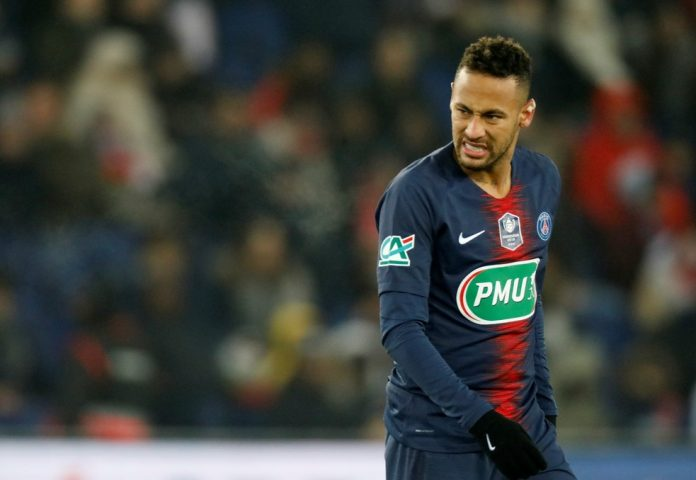 Neymar out for 10 weeks, misses United clash