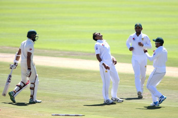 Pakistan fightback to restrict South Africa to 262