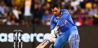 Dhoni finishes off job to clinch ODI series for India