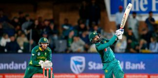 Pakistan bat first as Amir, Imad return to the playing XI