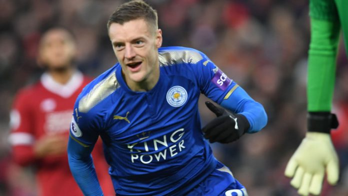 Vardy strike gives Leicester win at Everton