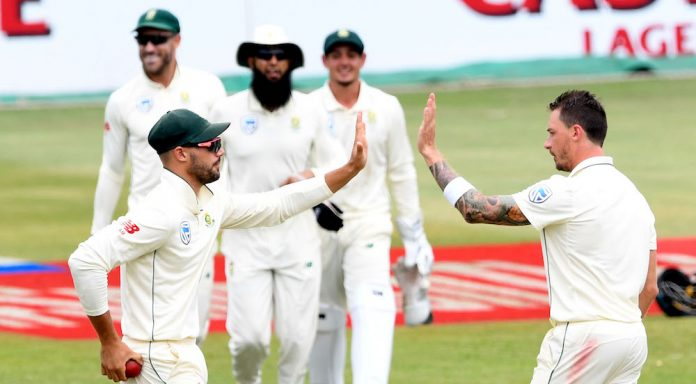 Steyn bags four wickets as SA claim first innings lead
