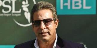 Akram condemns PCB's idea of deciding captain series by series