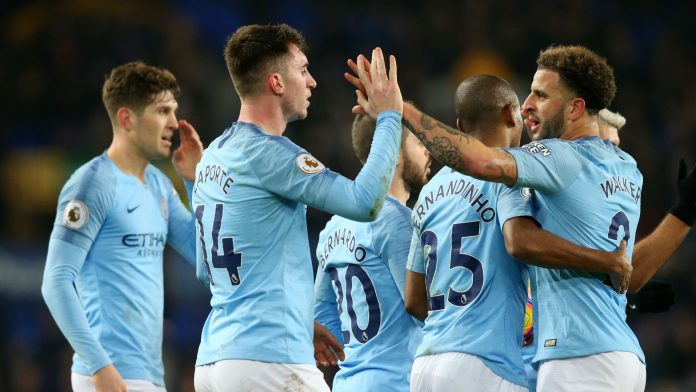 Man City sink Everton to knock Liverpool off the top