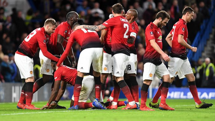 United dump holders Chelsea out of Cup to pile pressure on Sarri