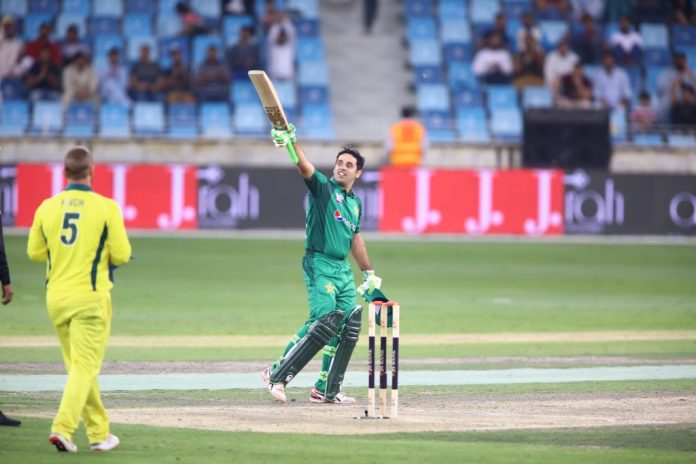 Abid Ali scores century on his debut outing for Pakistan