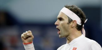Federer downs Anderson to reach Miami semi-finals