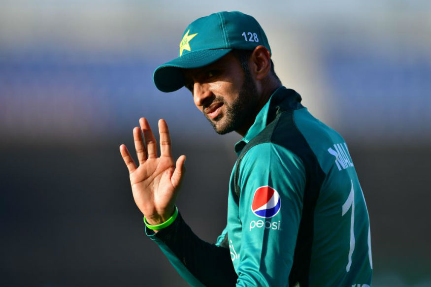 Malik gets 10-day leave from England tour to deal with a personal issue