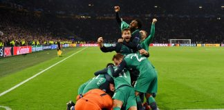 Moura hat-trick flattens Ajax to put Tottenham into Champions League final