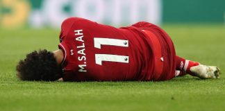 Liverpool seek new 'heroes' without concussed Salah against Barcelona
