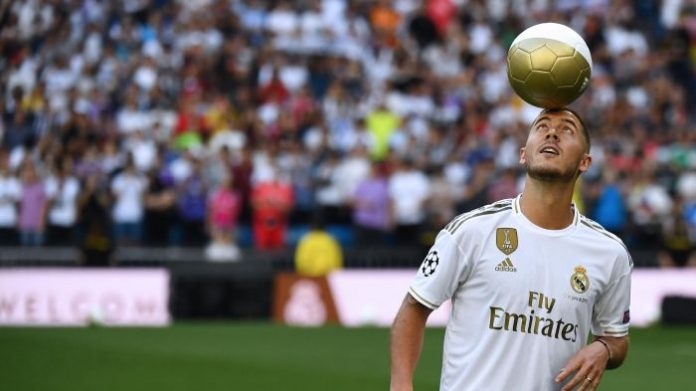 Real Madrid present Hazard to adoring Bernabeu crowd