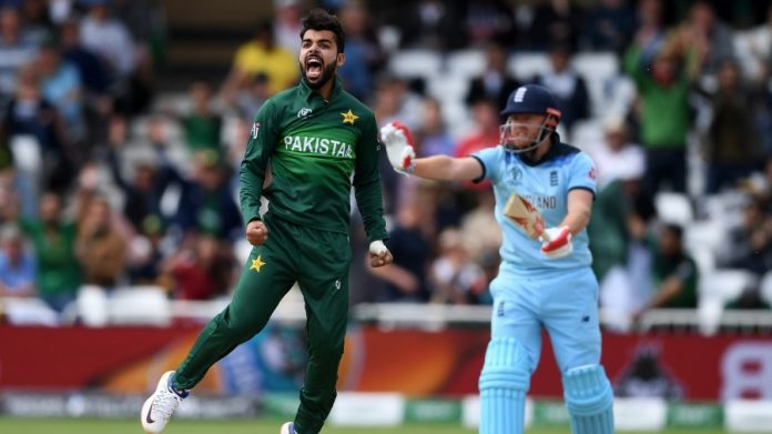 Waqar expects Pakistan to recall Shadab for India clash