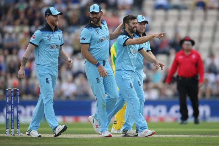 England play down 500 talk as their quicks eye Pakistan
