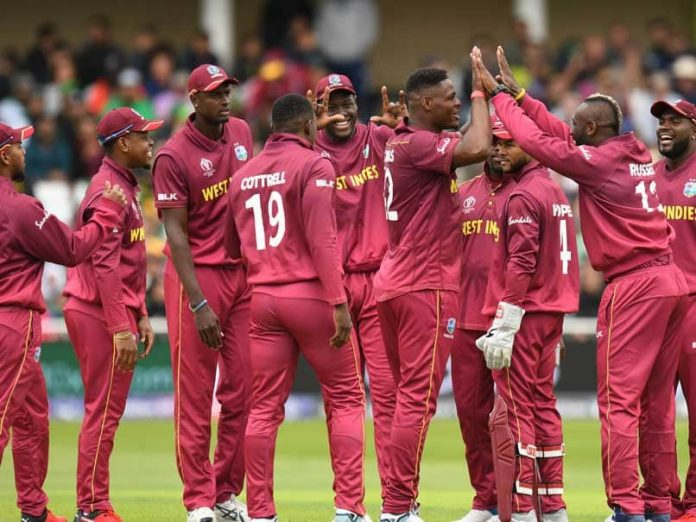 West Indies bowl against Australia in World Cup