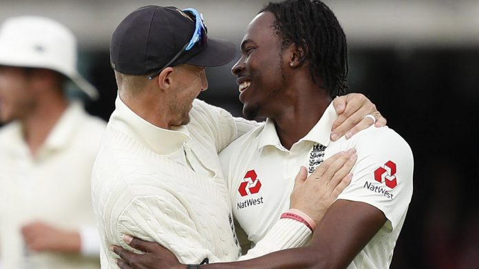 Root glad to see Archer 'shake up things' on Test debut
