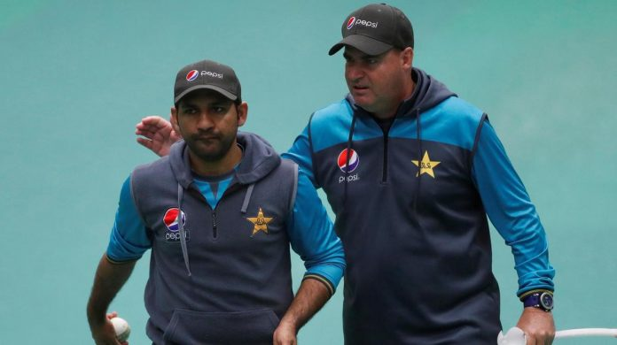 Arthur suggests Sarfraz Ahmed's removal as skipper