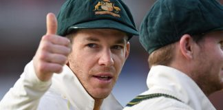 Paine will not give up captaincy meekly